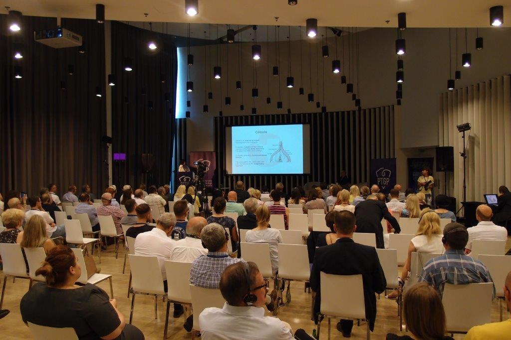 II Międzynarodowym Kongresie Ginekologii Plastycznej i Estetycznej3 - EVENTS