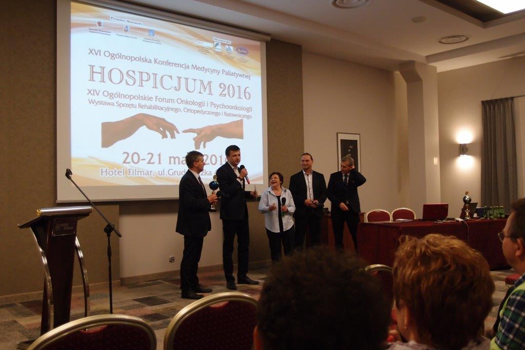 Torun 05 16 P5210421 - Hexanova laureatem nagrody podczas XVI Ogólnopolskiej Konferencji Medycyny Paliatywnej
