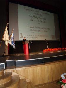 prowadząca 768x1024 225x300 - Ogólnopolskie Obchody Dnia Diabetyka w Dąbrowie Górniczej 3.06.2017